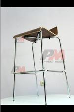 Обзавеждане с бар столове за плувен комплекс