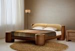 Кафяво тапицирано легло
