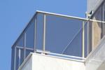 парапети за тераси от инокс и сиво стъкло по поръчка