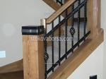 парапети за стълбища от дърво и ковано желязо