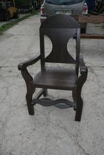 битов стол за механа или кръчма
