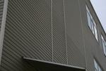 поставяне на сайдинг изолации за производствени сгради