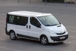 Наем на бусове Opel Vivaro за 2 часа
