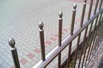 иноксова ограда