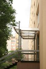 изграждане на навеси от поликарбонат