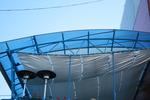 изработка на поликарбонатен навес за заведение