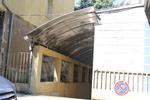 навес от поликарбонат за подземни гаражи по поръчка