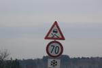 изработка по поръчка на предупредителни пътни знаци