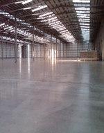 Индустриални подови покрития за хангари