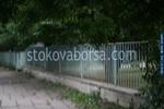изработване на огради от метал на зидана основа