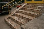 облицоване на стълбища с гнайс