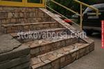 облицоване по поръчка с гнайс на стълбище