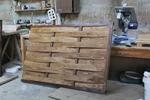 дървени огради от чам по поръчка боядисани с безцветен лак