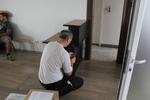 преместване на офис бюра от хамали